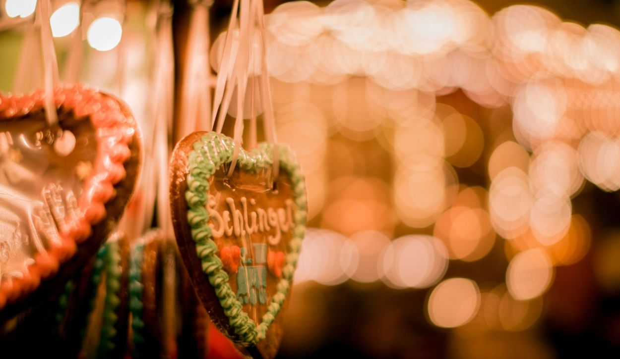 Christmas market and food festival guide in Burton